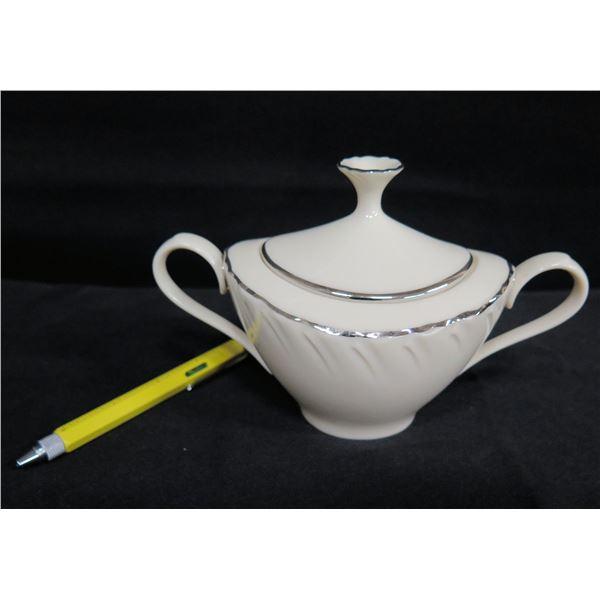 "Lenox Weatherly Sugar Bowl w/ Lid & Accent Trim 8""x5.5""H"