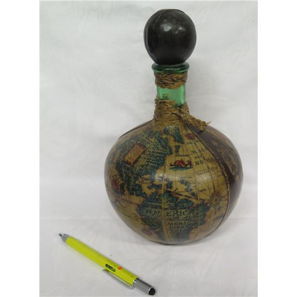 """Old World Map Theme Decanter w/ Stopper, Made in Italy 11""""H"""