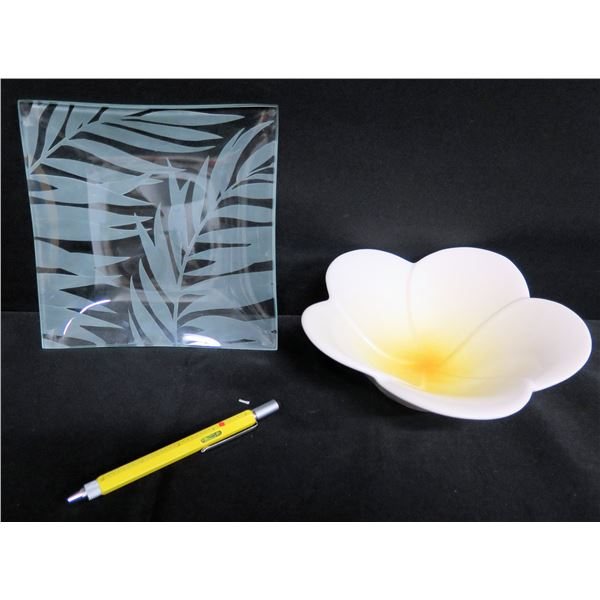 "Square Leaf Etched Glass Tray 8"" & Glazed Plumeria Bowl 2.5""H"