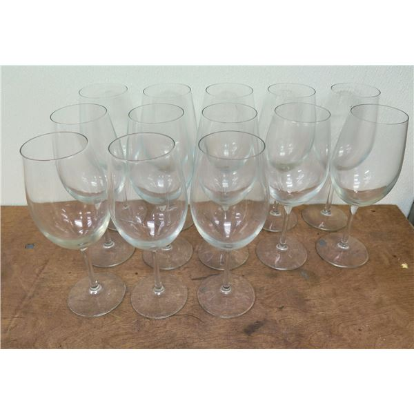 """Qty 13 Stemmed Wine or Water Glasses 9""""H x 3""""D"""