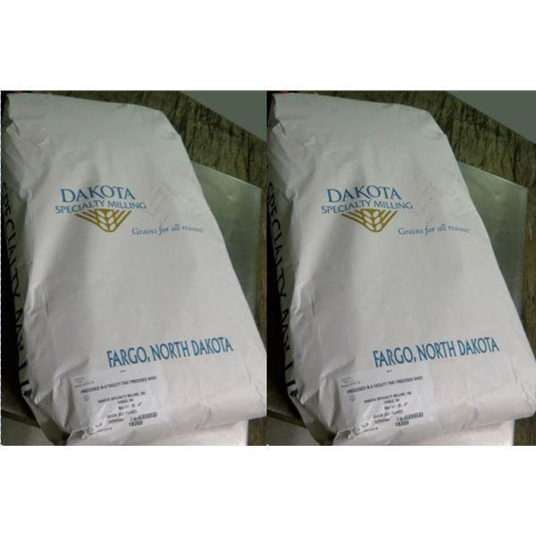 Qty 2 Dakota Specialty Milling 50-lb Quick Oat Flakes Bags