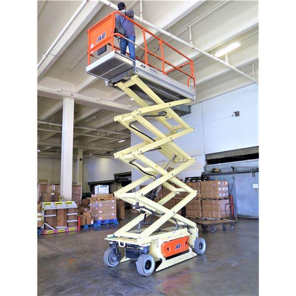 JLG 2646ES Scissor Lift (Runs, Drives, Lifts - See Video) (Upper Control Needs Repair)