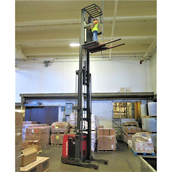 Raymond EASI-OPC30TT Electric Forklift Order Picker with Charger