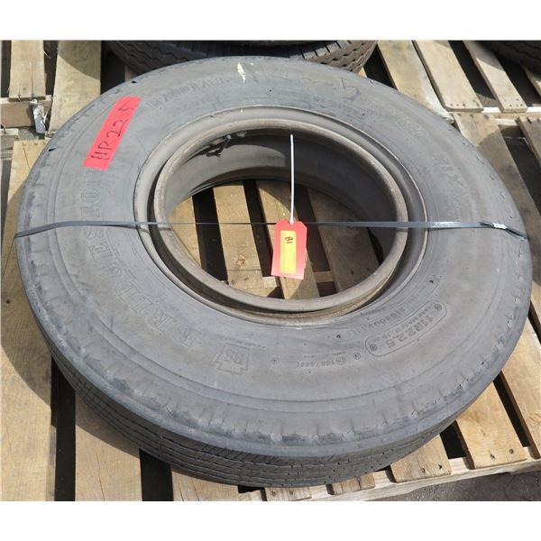 Truck Tire on Rim 11R22.5