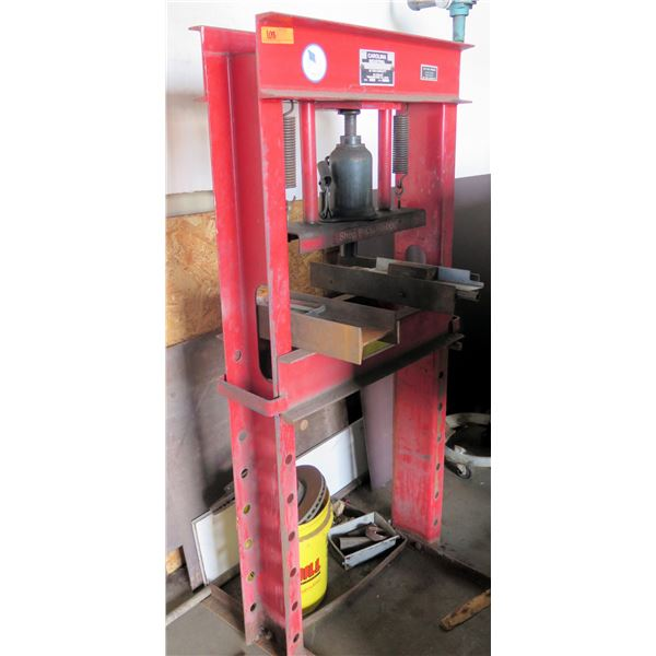 Carolina Industrial 30 Ton Capacity Shop Floor Press Model CBP1200 (Pick up by appointment)