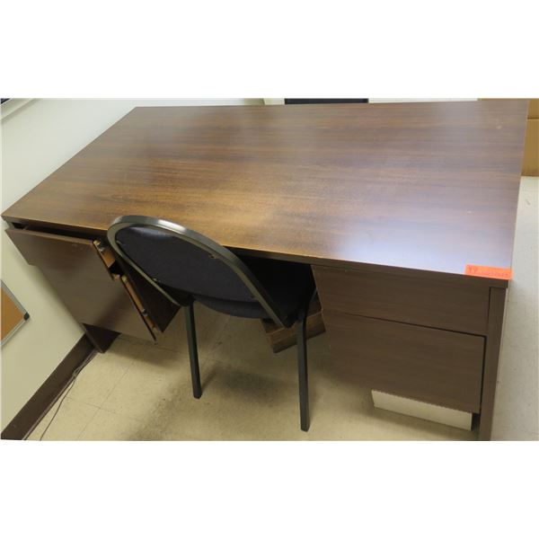 """Wooden Desk w/ 4 Drawers 60""""x30""""x29"""" & 2 Upholstered Metal Chairs"""