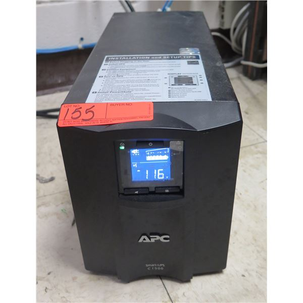 APC Smart-UPS C1500 Smart Output Connector