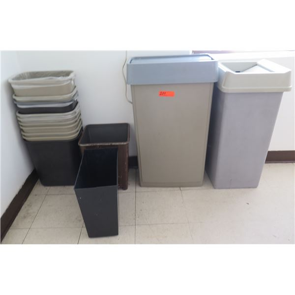 Multiple Waste Containers, Misc Sizes (2 w/ Lids)