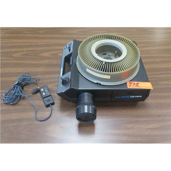 Kodak Carousel 4400 Slide Projector w/ Ektanar C Zoom