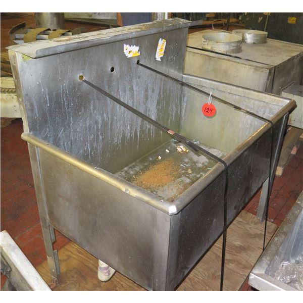 "Metal Rectangle Sink 50""x31""x20""H"