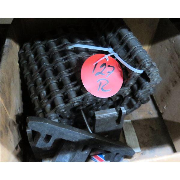 "Box Gear Roller Chain 8""H"