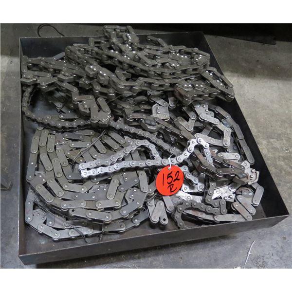 Coil Gear Roller Chain in Metal Box