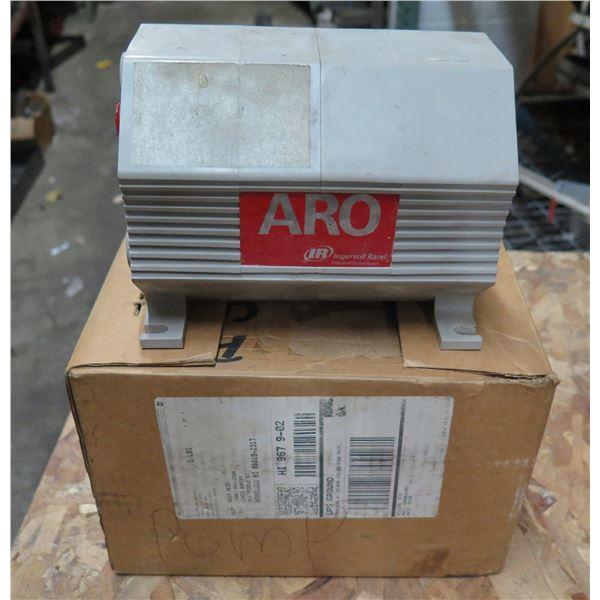 """ARO 1/4"""" Non-Metallic Pump PD02P-APS-PTT"""