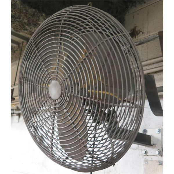 "Dayton 20"" Circulation 2 Speed Oscillating Wall Mount Fan 68536"