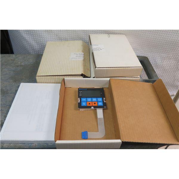 Qty 4 Honeywell Keypad Display Panels in Box TCB241-2
