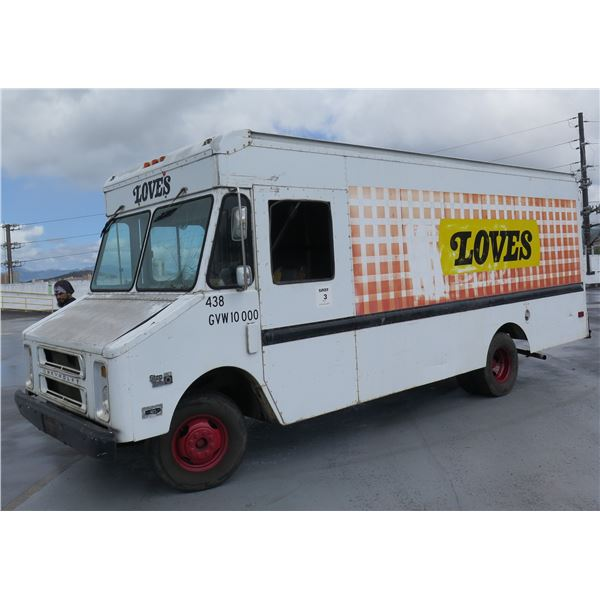 Chevrolet Step Van Aluminum Body 10,000 GVW, 180981 Miles (Windshield Replaced)