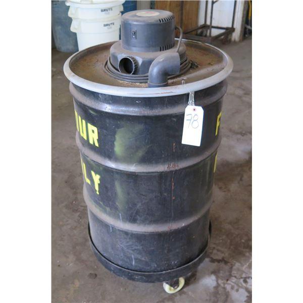 Dayton Wet/Dry Vacuum 4YE60 on Wheels (Flour Only)
