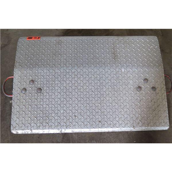 "Metal Diamond Plate Ramp 36""L x 23""H"