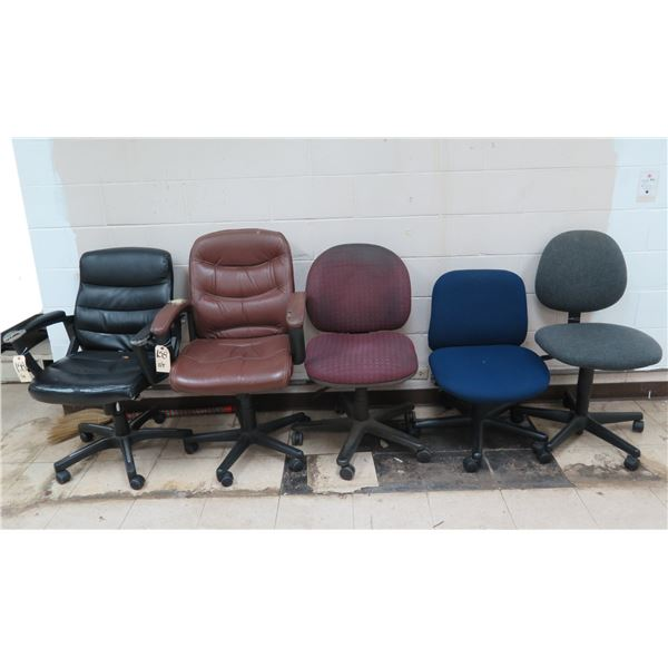 Qty 5 Rolling Office Chairs - 23 w/ Armrests