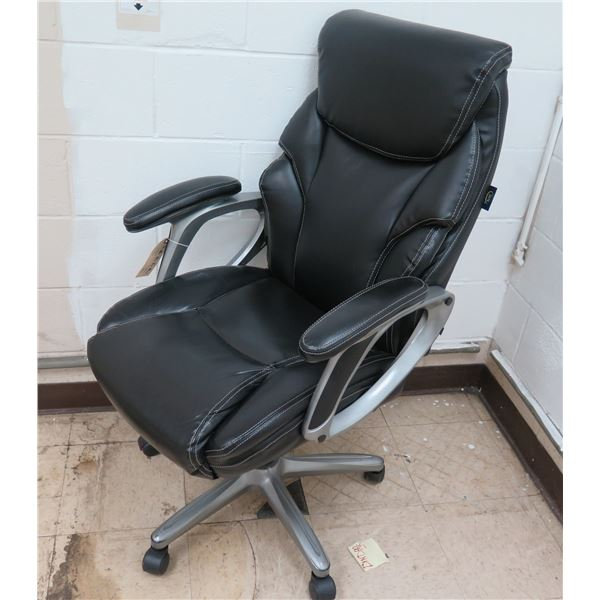 Black Executive Rolling Office Arm Chair