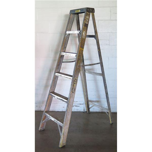Stanley Metal Step Ladder w/ 6 Stairs, Folding