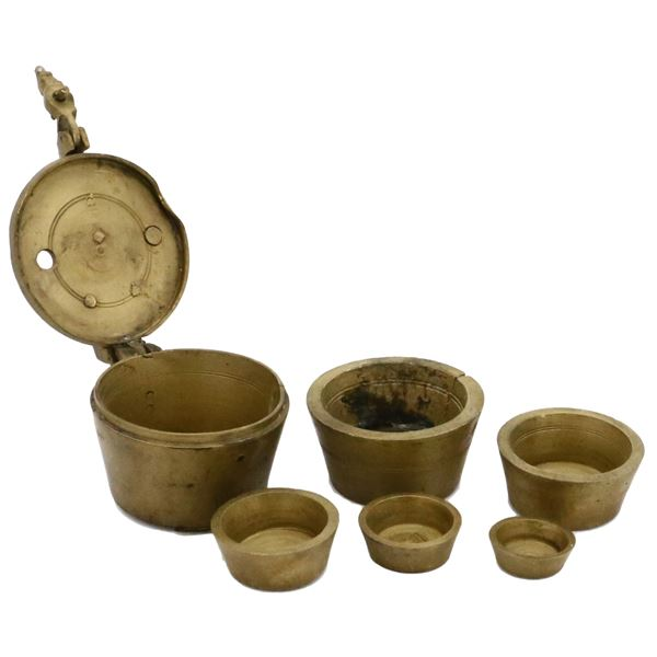 """Small set of Nuremberg brass nesting weights (six pieces), ex-""""Pewter Wreck"""" (mid-1500s)."""