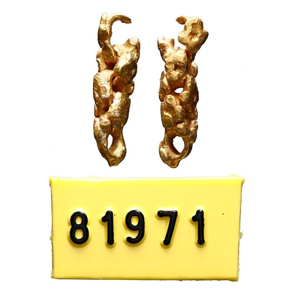 "Fragment of gold ""olive blossom"" chain, ex-1715 Fleet."