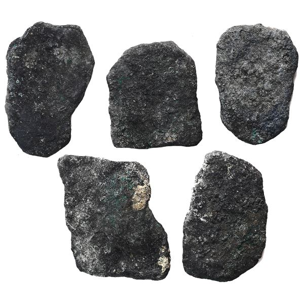 """Lot of five cob 8R """"blackies"""" (oxidized, as found), probably Mexican, Charles II and/or Philip V."""