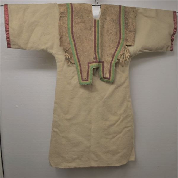 PLAINS INDIAN CHILDS DRESS