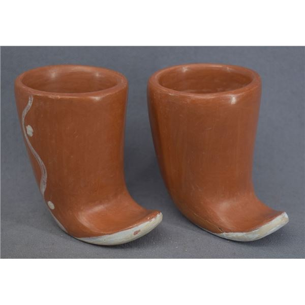 HOPI INDIAN POTTERY BOOTS (GARNET PAVATEA)