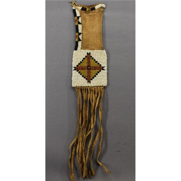 SIOUX INDIAN WOMAN TOBACCO BAG