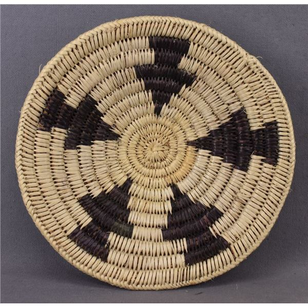 NAVAJO INDIAN BASKETRY BOWL