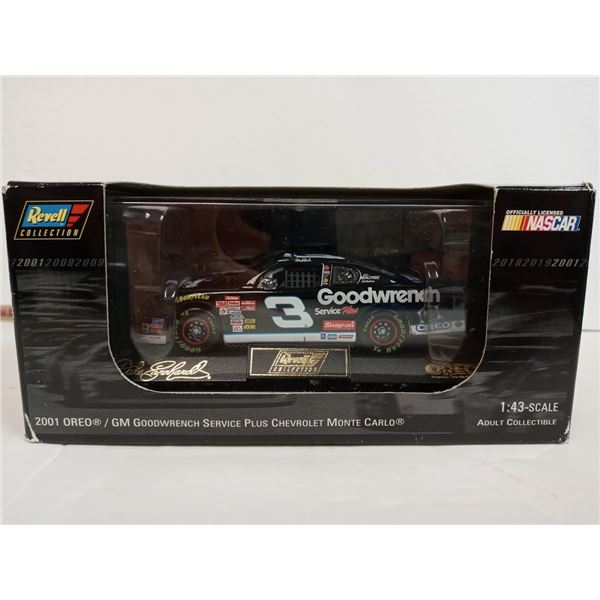 Dale Earnhardt Sr #3 GM Goodwrench Oreo 2001 1:43 Monte Carlo Revell NASCAR