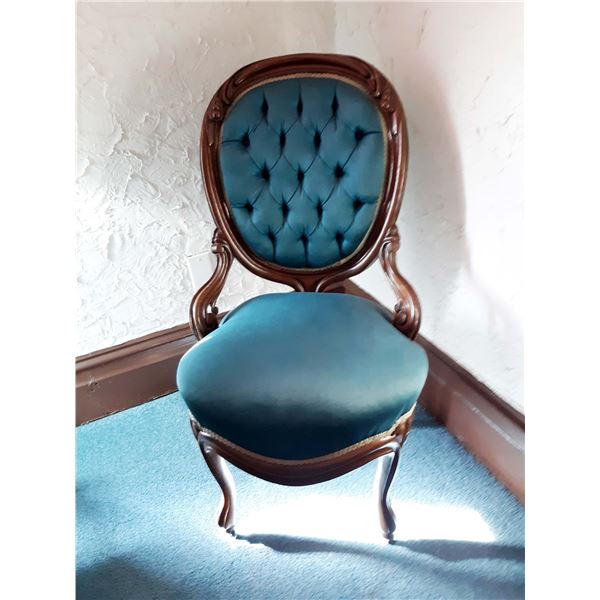 BEAUTIFUL VICTORIAN SIDE CHAIR