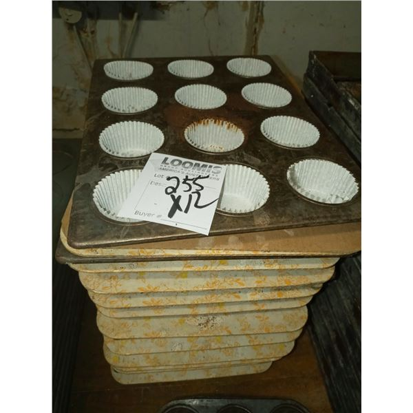 "12 CAVITY 2.5"" MUFFIN PANS  (12)"