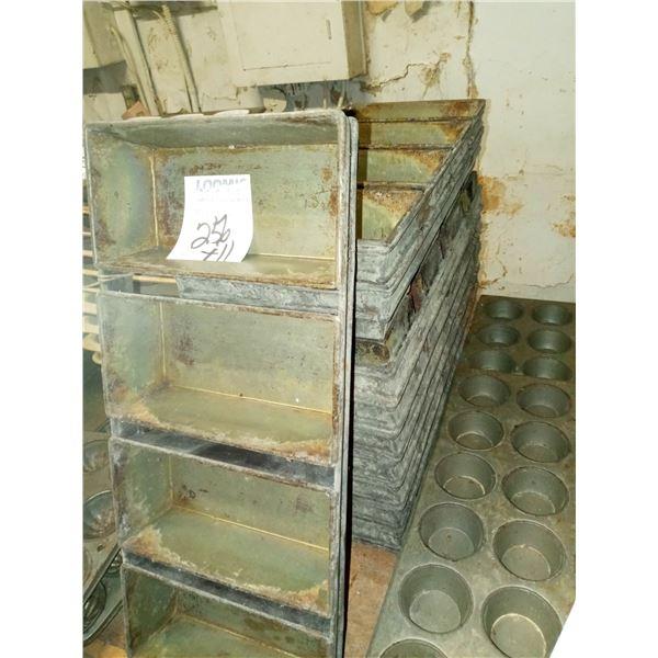 4 LOAF BREAD PAN  (11)