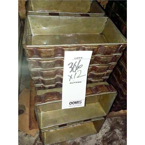 """15"""" X 13"""" CHICAGO METALLIC SILICONE COATED DOUBLE LOAF BAKING PANS"""