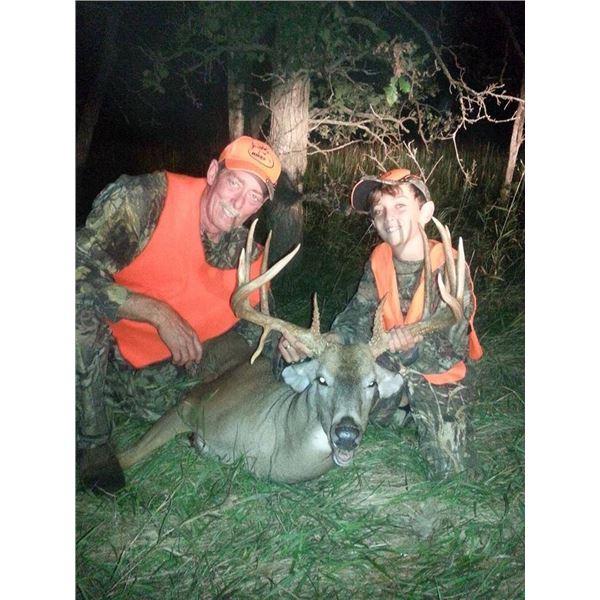Kansas Whitetail Deer Hunt for One Hunter & One Observer