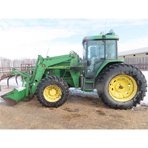 JD 7510  Power Quad MFWA 3PH 540/1000 Triple Hyd w JD 740 Seld Lev. FEL w Bucket & Grapple 20.8 3