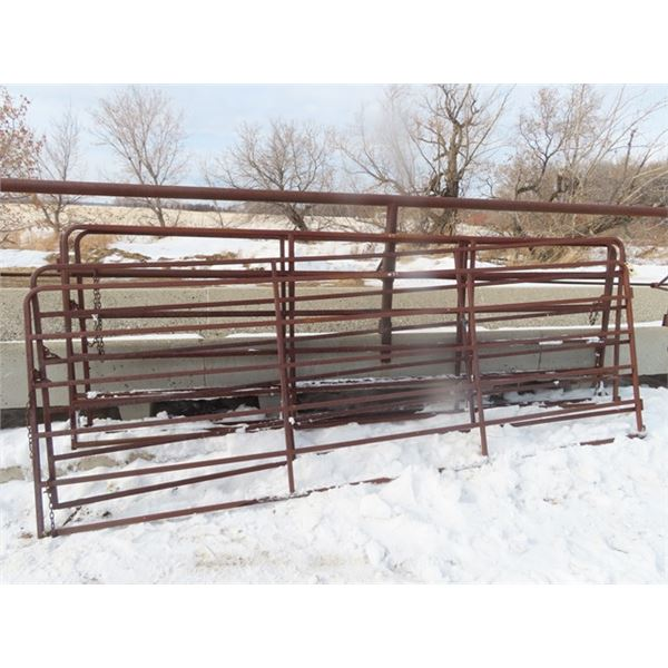 5 Metal Gates 12' 6 Bar
