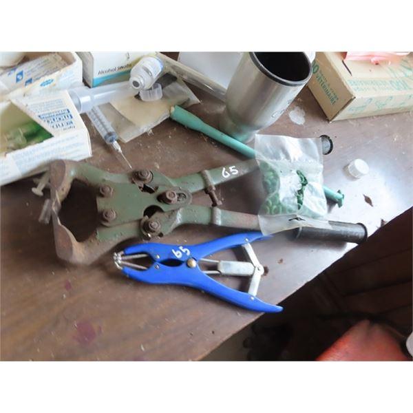 Ring Castrators A Plier & Hoof Trimmer