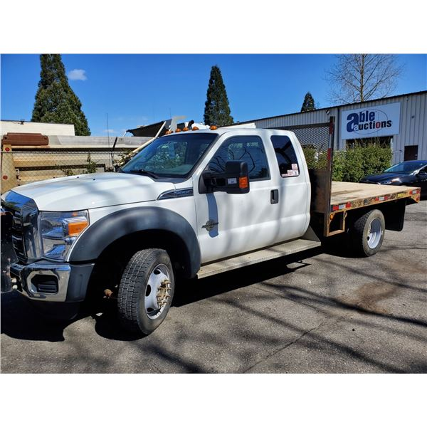 2011 FORD F-550 XLT, 2DR FLAT DECK TRUCK, WHITE, VIN # 1FD0X5HT0BEC55238