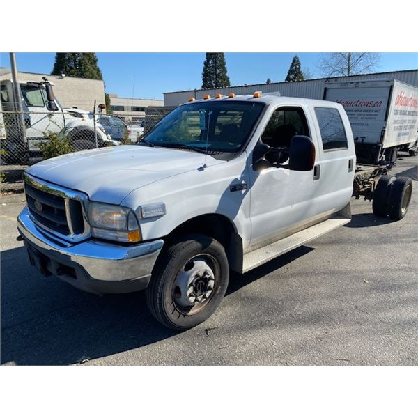 2004 FORD F550 XLT SUPERDUTY, 4DR CHASSIS PU, WHITE, VIN # 1FDAW57S34ED01843