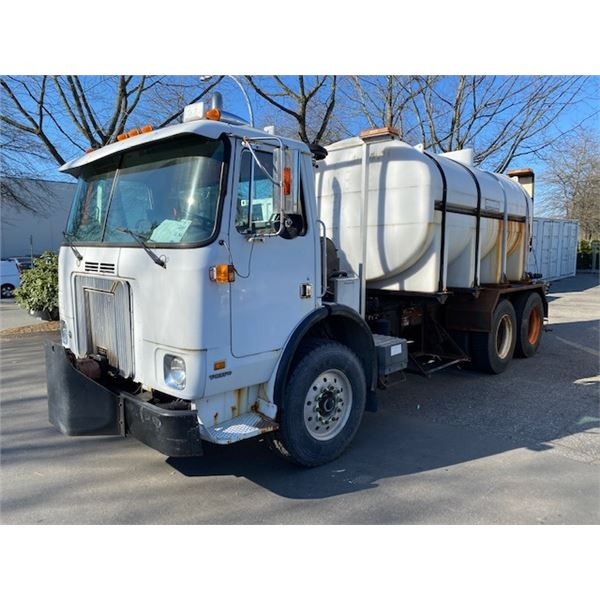2003 VOLVO WX64 TRUCK WITH BRINE TANK AND SPREADER, 2DR , WHITE, VIN 4V2DC6UE73N346391