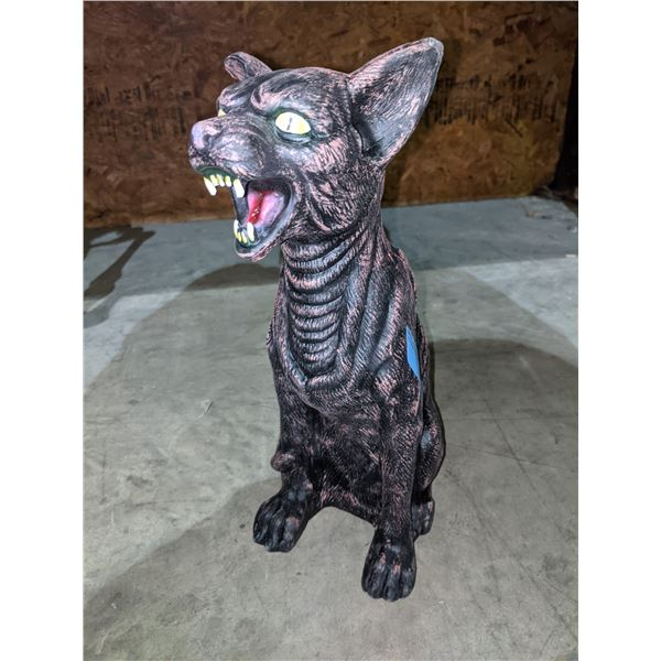 Reproduction rubber cat (movie prop)