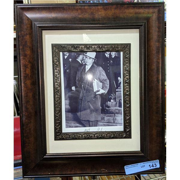 """Gangster 2 framed pictures of AL CAPONE and 1 framed artwork - 19""""x16"""""""