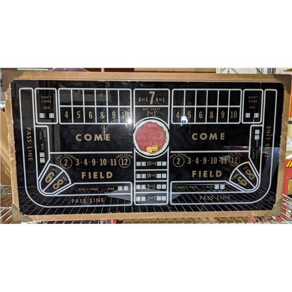 """Traveling gamblers craps table complete with automatic dice shaker (1930s-40s) - 25""""x13"""""""