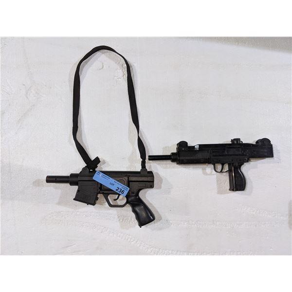 2 prop guns