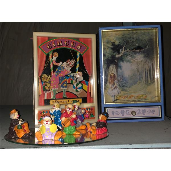 Two music boxes keychains and clowns tiny decor