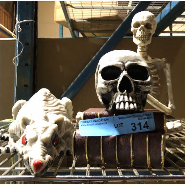 Sitting skeleton and rat decor